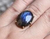 Gold Ring - Labradorite gold ring- 18k gold ring -  Labradorite ring - round - Solitaire - prong ring