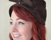40s Vintage Tilt Hat  Sculptural Bow and Scroll Design. Brown Wool.  New York Creations. 22