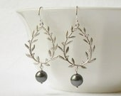 Pearl Grey Wreath Dangle  Earrings