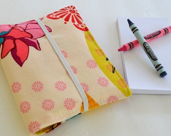 Crayon Wallet . 8 Crayons and Notepad Included . Garden . Birthday Party Favor