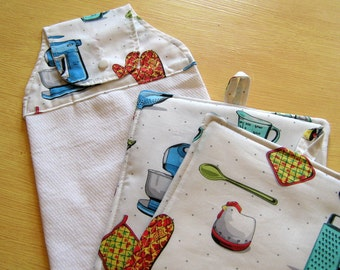Country Kitchen Pot Holders And Hanging Towel Set - Old Fashioned Kitchen - Farm Kitchen