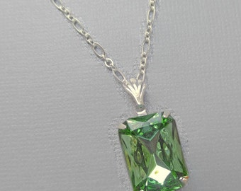 Art Deco Necklace - Peridot Green Crystal Necklace - August Birthstone - Spring Necklace - WINDSOR Peridot