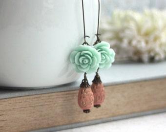 Mint Rose Sakura Flower Earrings. Pink Ornate Beads, Gold Ornate Lucite Beads Earrings. Maid of Honor. Bridesmaid Gift. Pink & Mint Wedding.