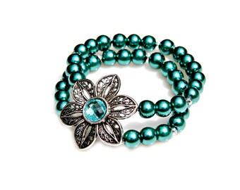 Flower Bracelet, Pearl Bracelet, Teal Bracelet, Vintage Bracelet, Double Strand, Daisy Charm Bracelet, Whimsical Feminine Style by Mei Faith