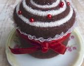 Christmas cupcake pincushion