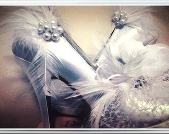 Wedding Shoe Clips Ivory White Black Feather & Pearl / Rhinestone. Bride Bridesmaid, Engagement Bridal Shower Gift, Spring Sparkle Burlesque