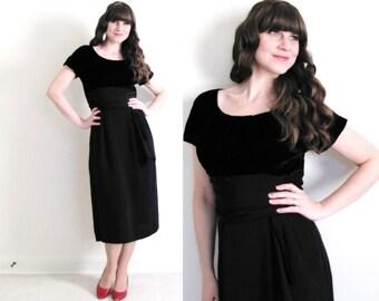 Black 50s Dress / 50s Wiggle Dress / 1950's Dress