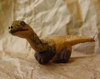 MINIATURE DINOSAUR SCULPTURE - Tiny 2.5 Inch Long Handmade ooak Funny Dino, made with real Crayfish Claw, Wee Weird Whatsit Brown Sculpt