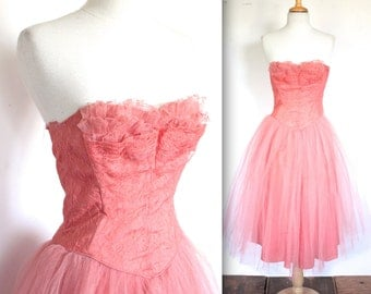 Vintage 1950s Dress // 50s Bubblegum Pink Tulle Party Gown with Frills // Pink Lady // DIVINE
