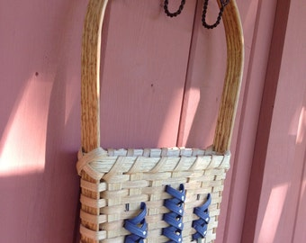 DIGITAL PATTERN Lupines and Bluebonnets Tulip Door or Wall Basket