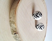Swift Journeys - SALE 20 percent off - upcycled vintage dress - button earrings - black and white chevrons print - aztec arrows jewelry