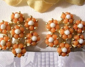 Orange White Flower Clip On Earrings Gold Tone Vintage Castlecliff Lucite Round Seed Beads Raised Nail Head Accents