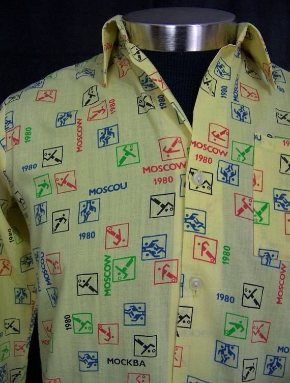 Vintage Mens 1980s Shirt Moscow Olympics 1980