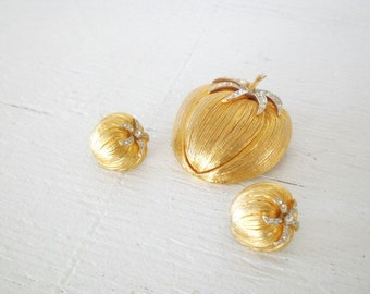 Vintage Rhinestone Tomato Brooch Earrings Coro Cororcraft Gold Tone Demi Parure Mid Century Costume Jewelry GallivantsVintage