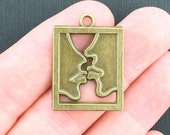 4 Kiss Charms Antique Bronze Tone - BC1004