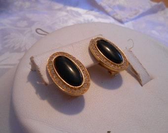 """Vintage earrings, """"Vendome"""" earrings, signed earrings, clip-on earrings, retro earrings, designer earrings, vintage jewelry, jewellery"""