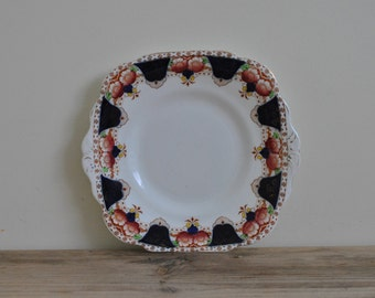 Vintage china Royal Vale plate - Hand painted - Floral
