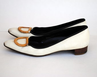 VIntage Ferragamo Pointy Toe Flats with Buckle- Sz 8.5