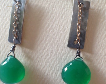 Silver wirewrapped earrings with goldfilled chain and green onyx - dangle earrings - wirewrapped earrings