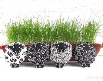Sheep brooch - Black and white sheep pin -  Lamb brooch - Easter accessory - READY TO SHIP