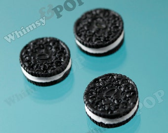 5 - Chocolate Sandwich Cookie Kawaii Decoden Resin Flatback Cabochons , Cookie Cabochon, 15mm (R4-104)