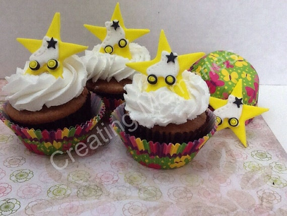 Edible Cake Decorations Stars : EDIBLE ROLLER SKATES Cupcake Toppers on a Yellow Star for