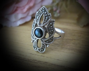 80's ONYX & Marcasite Leaves Design Ring in 925 Sterling Silver (Hallmarked), Size 7-3/4