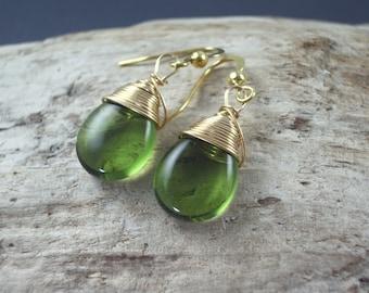 Peridot green earrings Wire Wrapped Earrings Bridesmaids earrings glass teardrop and gold  drop dangle earrings