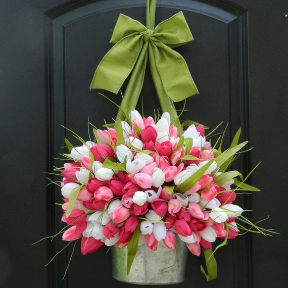 Spring Wreath -  Tulip Wreath - Pink Wreath - Easter Wreath - Choose Color - Many to choose