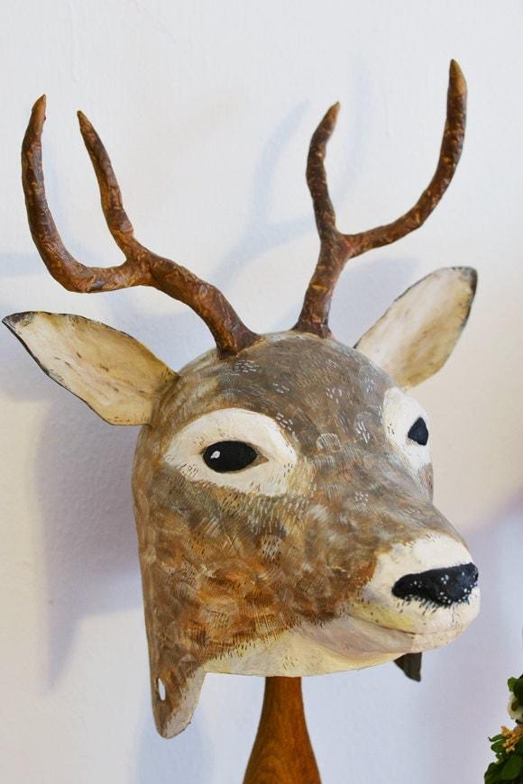 Cabeza de ciervo de papel mache sombrero for Cabeza de ciervo