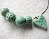 Soft Green Sweetheart Bead Set