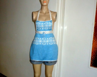 Sweetheart Retro Apron , Kitchen Apron in Geometric Patterns Knit Blue and White