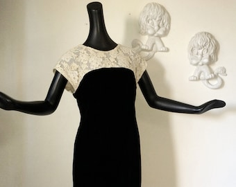 Vintage 1960s Rockabilly Dress 60 Mad Men Dress Black Velvet Off White Lace Bombshell Wiggle Dress Retro Prom Dress Party Dress Medium Large