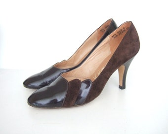 UK 3 Vintage 1970s patent brown leather scalloped court shoes EU 36 US 5 C