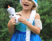 FROZEN Queen Elsa hat with a crown & braid // Halloween Costume or Dress Up!