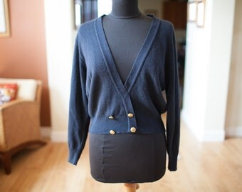 Women's Vintage Navy Blue Pullover Sweater