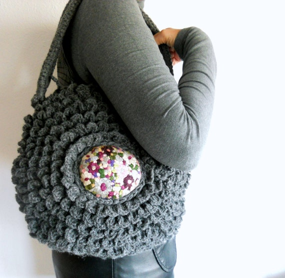 Gray embroidery crochet bag,  bags and purses, autumn trends, fall accessories
