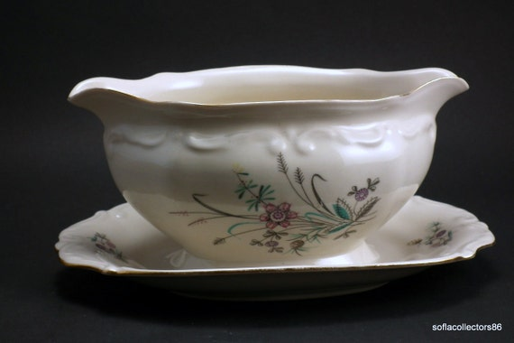 PT Tulowice Porcelain Gravy Boat with attached Underplate - Wildflower Floral Pattern - 1940s -1950s