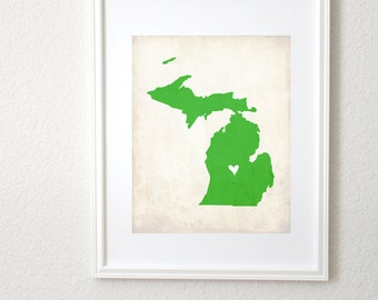 Michigan Rustic State Map. Michigan Personalized Art. Michigan Wedding Map. Wedding Gift. Engagement Gift. Print 8x10.