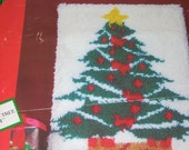 "Vintage Latch Hook Christmas Tree  18"" x 24"" Rug Wall Hanging Kit"