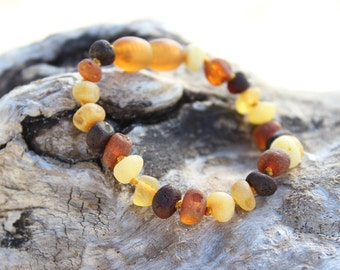 Raw Baltic Amber bracelet for babies. MAXIMUM pain relief