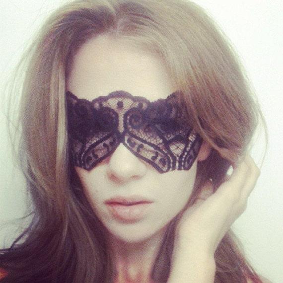 Black Lace Face Mask - Catwoman Mask - Masquerade Mask - Halloween Black Mask - Sexy Mask - Sexy Costume Lace Mask - Mystery Mask