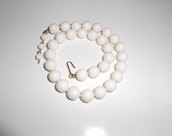 Vintage Japan necklace in chunky white milk glass 1950s Free USA Shipping
