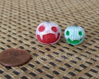 White Jack-O-Lantern Mini Monsters - One Inch Scale Dollhouse Miniature Halloween Decor