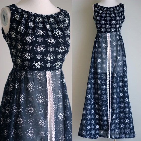 SALE: Vintage 70s Black and White Sleeveless Floral Print Maxi Dress - Sheer Split Front Long Daisy Print Dress - Size XS / Small