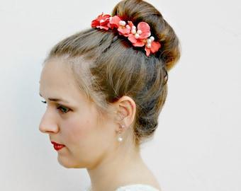 CORAL SIREN - colorful Bun Belt, flower crown for hair bun, coral hydrangeas and pearls, hair accessories, floral headpiece, flower clip