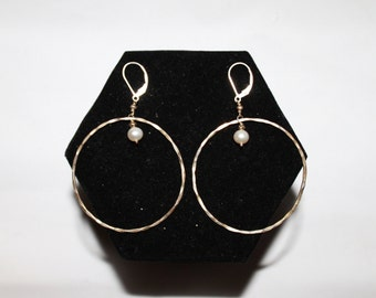 1970s Hammered Sterling Silver Pearl Drop Hoop Earrings