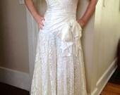Vintage 1980's White Lace Prom Dress with Bow by Zum Zum