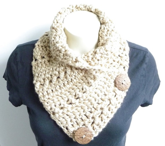 Crochet Scarf Patterns For Bulky Yarn : CROCHET PATTERN Button Scarf Bulky Scarf Womens Scarf Crochet