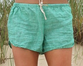 Linen Shorts > Green Solid